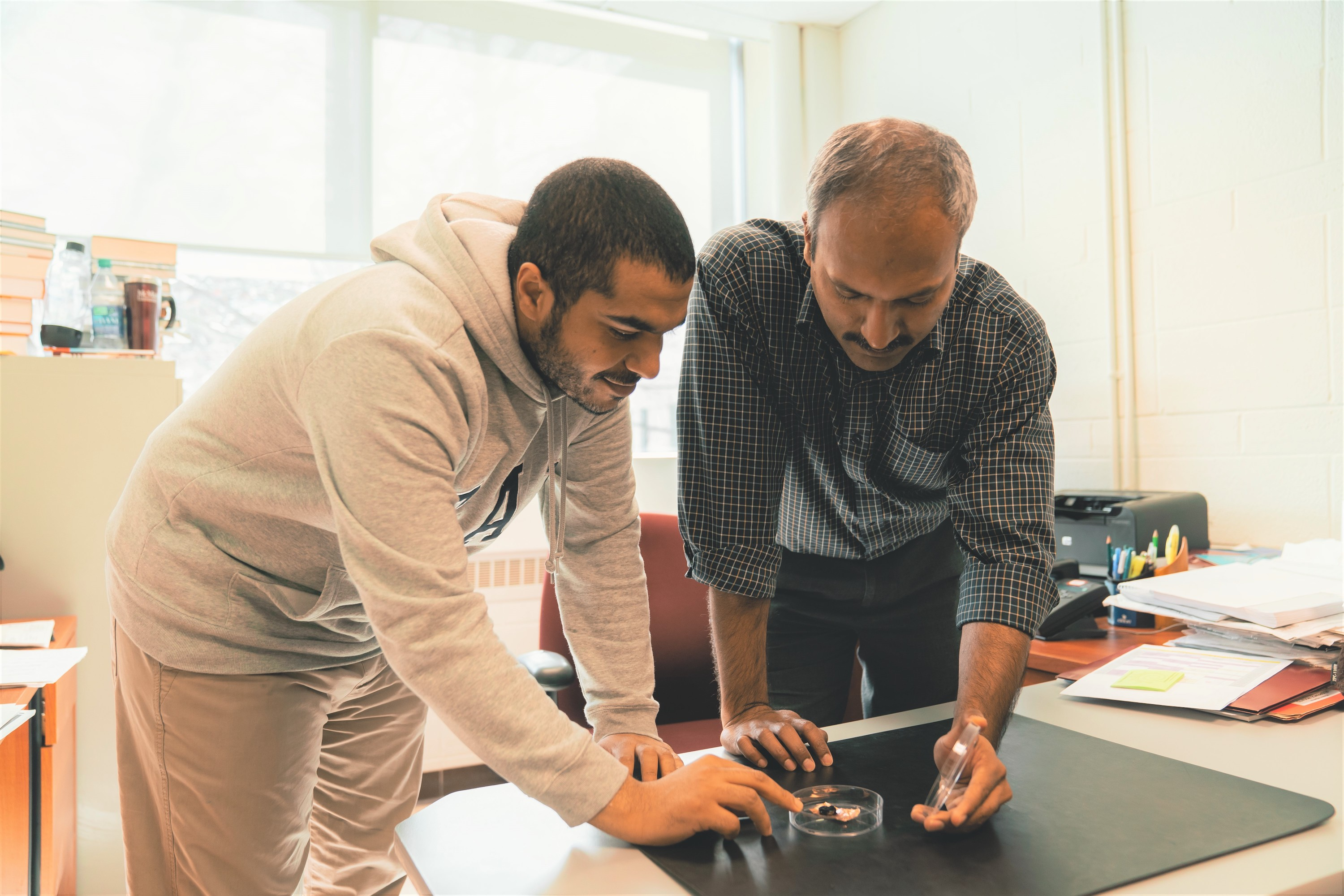 McMaster engineers create a fireproof sensor to track firefighters, miners, oil workers in high-risk situations