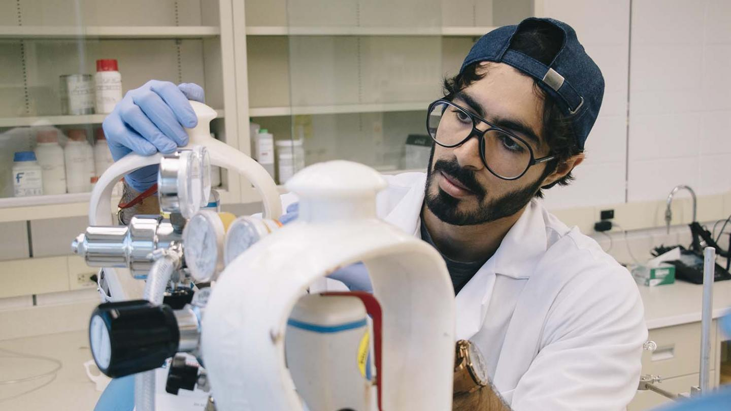 #InsidetheLab: Purifying water with chemical engineering innovation