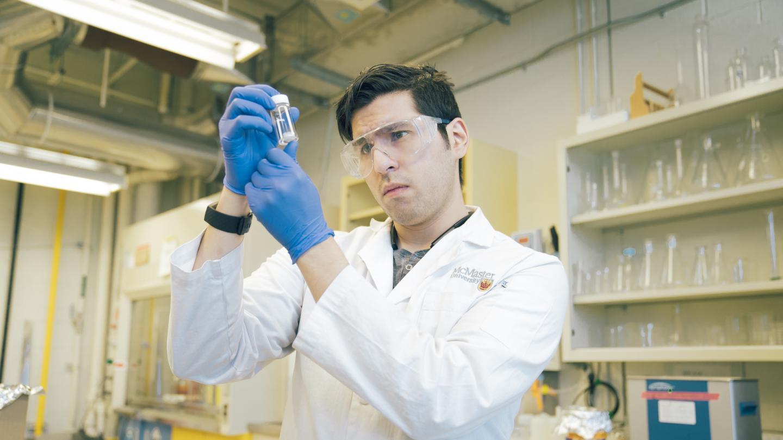 Canadian researchers test injectable foam to repair bones