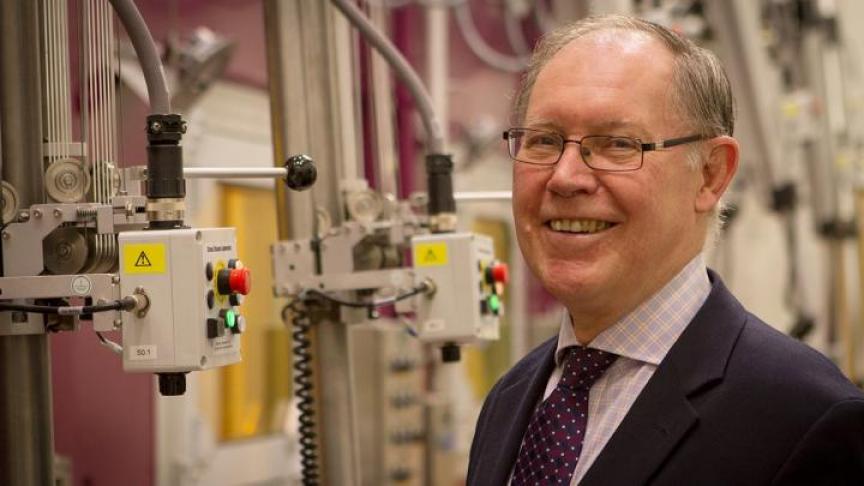 Dr. John Luxat receives Achievement Award